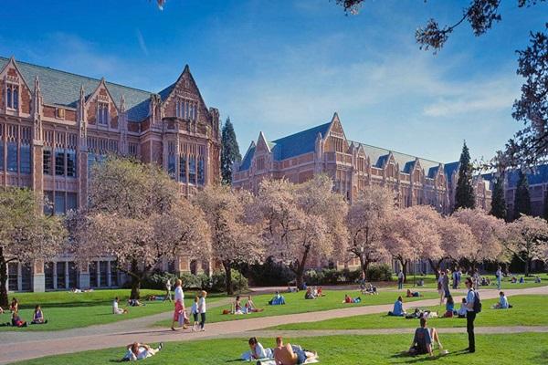 University of Washington 캠퍼스 전경
